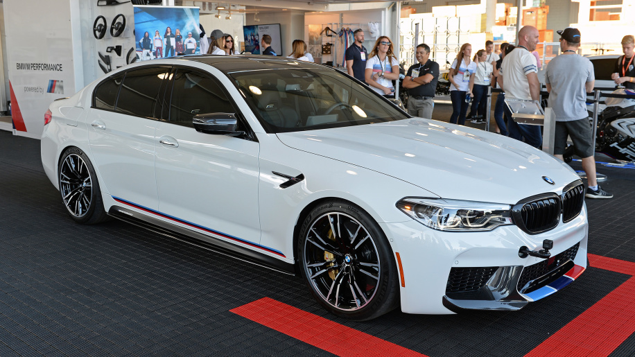 2018 bmw m5 gets invited to sema thanks to new m. Black Bedroom Furniture Sets. Home Design Ideas