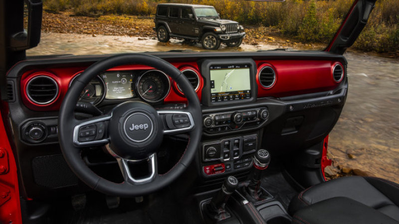 2018 Jeep Wrangler interior revealed with retro touches and bright colors