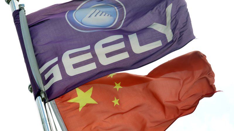 Geely chairman is now the single biggest investor in Daimler