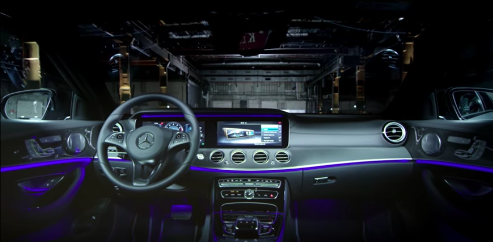 Mercedes Presents Its Top 5 Must-Have Features