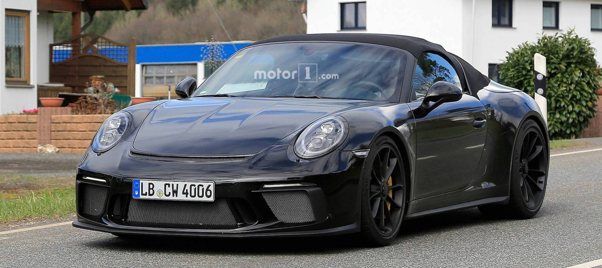 Porsche 911 Speedster Caught Posing For The Spy Camera