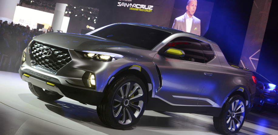 Hyundai Santa Cruz pickup with four doors, five seats, due around 2020