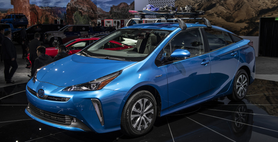 Toyota Prius gets AWD-e version, refreshed looks for 2019