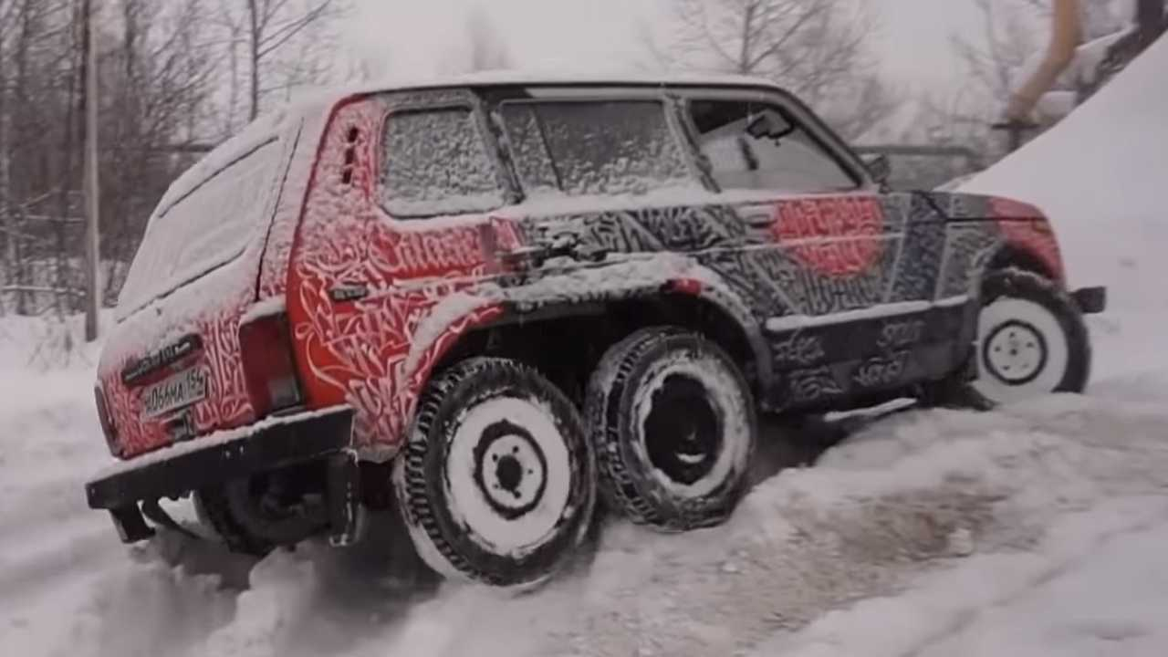 Lada Niva 6x6 Is Actually A Pretty Capable Off-Roader