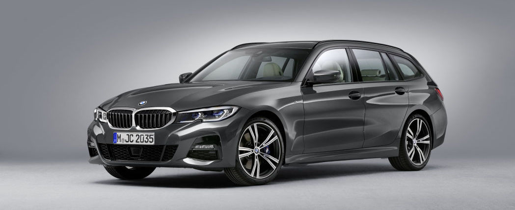 2020 BMW 3 Series loads up a Touring wagon