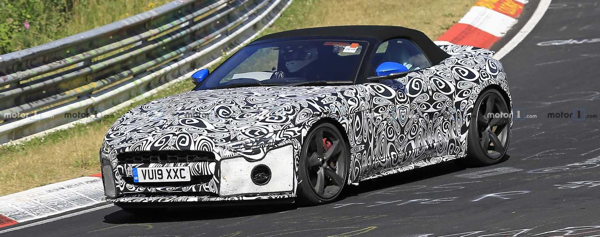 Facelifted Jaguar F-Type Coupe, Convertible Spied