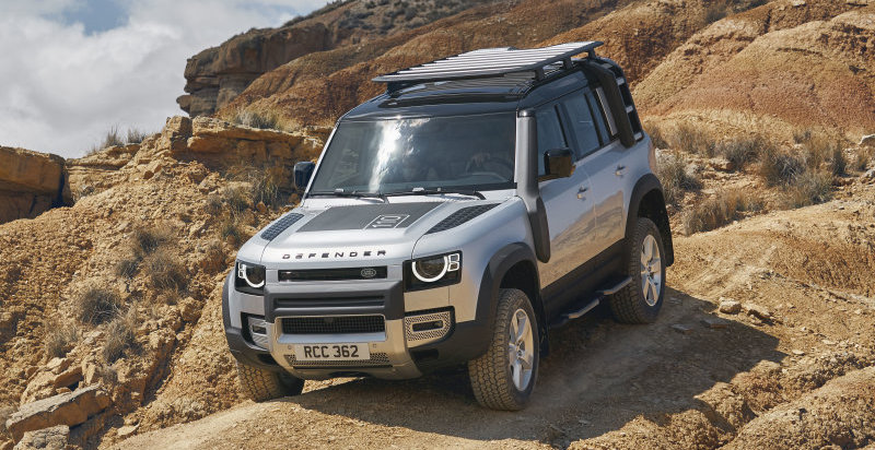 Land Rover working on tech that turns the Defender into a remote-controlled car