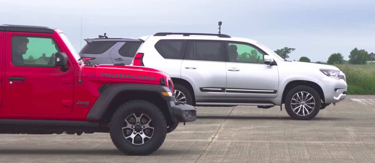 See Wrangler Drag Race Land Cruiser, Amarok And Discovery