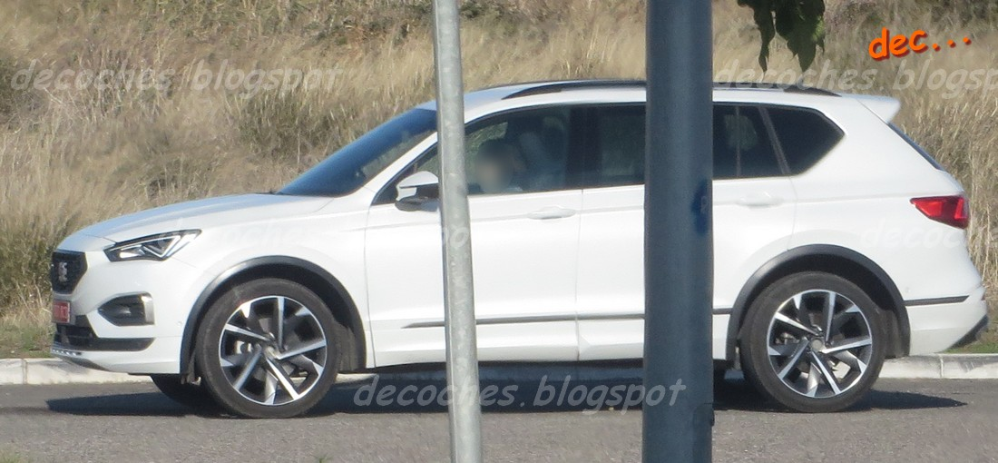 SEAT Tarraco FR Spied Testing Without PHEV System