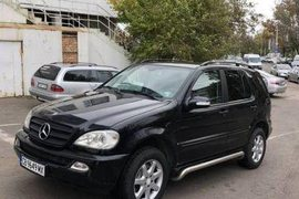 2003' Mercedes-Benz Ml
