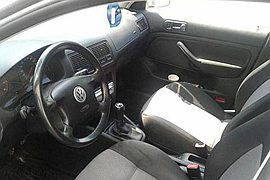 2003' Volkswagen Golf