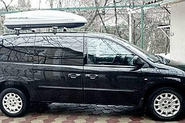 2004' Chrysler Grand Voyager