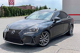 2017' Lexus IS